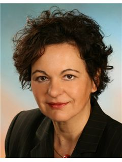 Immobilienmakler/in - Sabine Stark - RE/MAX Ihr Immobilienberater in Limburg
