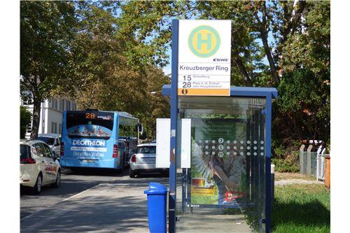 Bushaltestelle Kreuzberger Ring