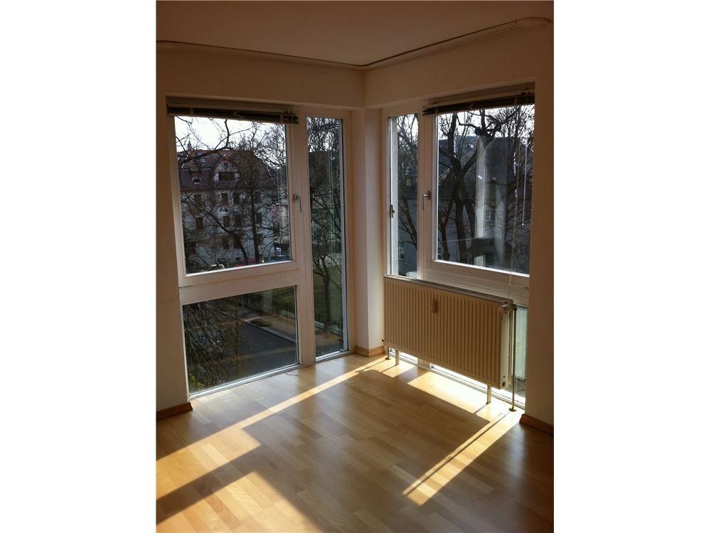 wohnung kauf zwickau 320161001 1099. Black Bedroom Furniture Sets. Home Design Ideas