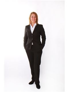 Franchisenehmer/in - Carina Wiedenmayer - RE/MAX in Filderstadt