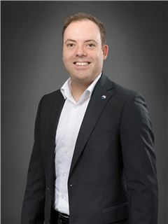 Immobilienmakler/in - David Oelke - REMAX in Bad Säckingen