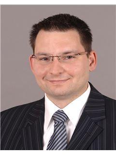 Vertriebsassistent/in - Filip Dudde - REMAX in Ludwigshafen