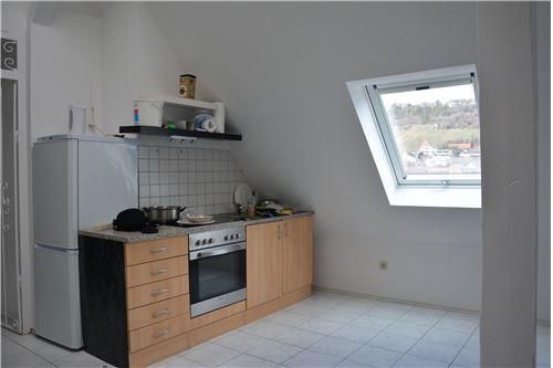 Küche / Wohnzimmer DG-Wohnung