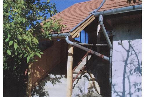 Haupteingang Dachgeschoss