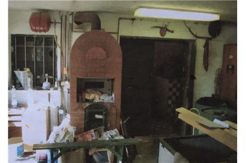 Werkstatt mit Kaminofen