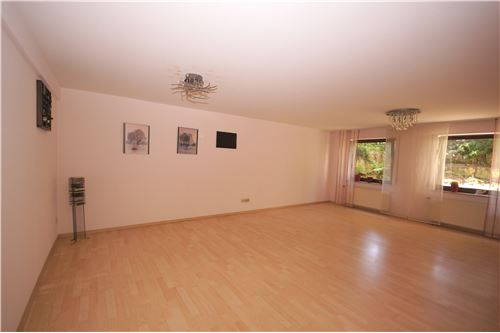 Miete Wohnung Wohn/Esszimmer